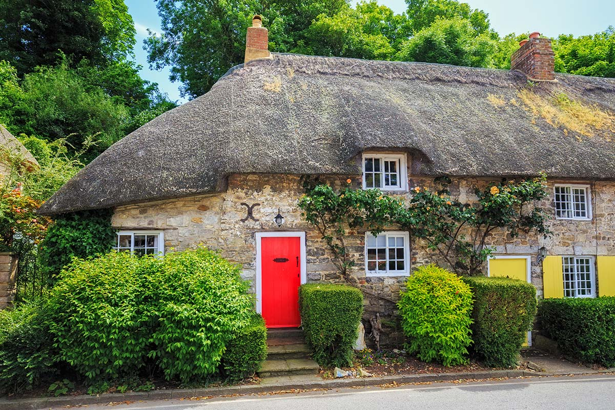 thinking-of-buying-a-thatched-property